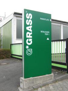HD-Werbung Reinheim Darmstadt Pylone Grass